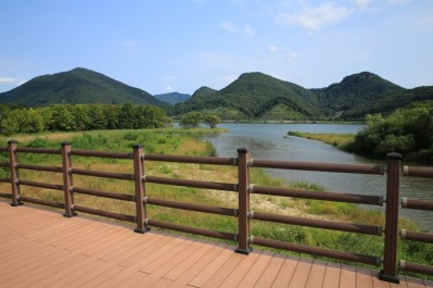 Bukhan River Biking Path