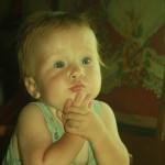 задумчивый малыш