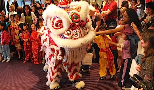 Red Dragon Dance Paper Costume for Chinese New York Home Decor Supplies D