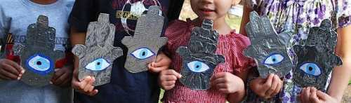 Kids with Hamsa craft- Kid World Citizen