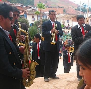 Peru Folkloric Dances- Musicians- Kid World Citizen