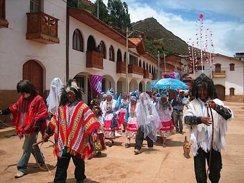 Peruvian Folkloric Dances in Llamellin, Peru- Kid World Citizen