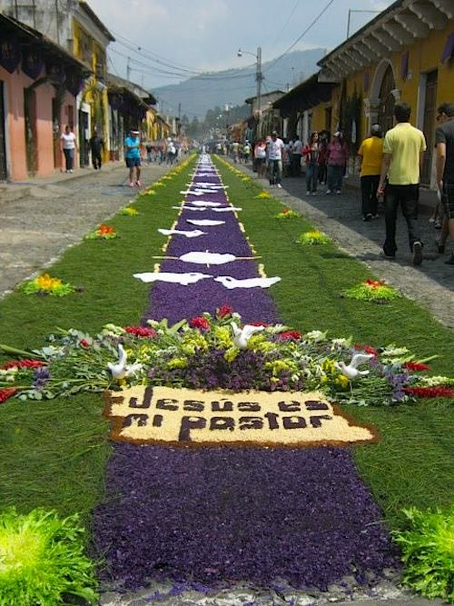 Jesus is my Shepherd Alfombra Guatemala- Kid World Citizen