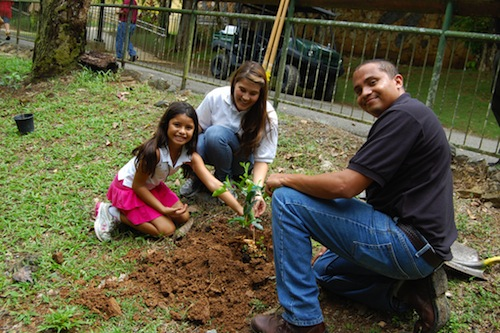 Family Volunteer Abroad- Kid World Citizen