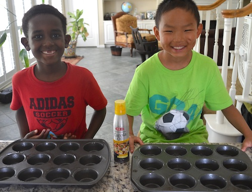 Kids make pasteis de nata- Kid World Citizen