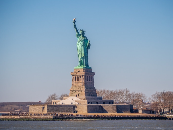 Visiting the Statue of Liberty from the Staten Island Ferry one thing to do with kids for free in New York