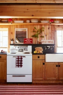 15 Embrace Your Small Kitchen With These Decorating Ideas 18