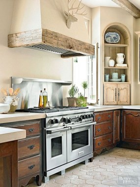 15 Stylish Kitchens That Scream Timeless 20