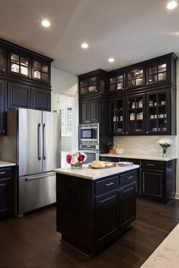 18 Black Kitchen Cabinet Ideas For The Chic Cook 12