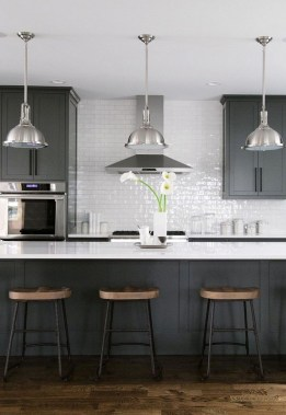 18 Black Kitchen Cabinets That You'll Swoon For 04