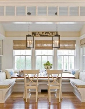 19 Kitchen Banquette Seating Ideas For Your Breakfast Nook 10