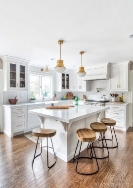 Adding Color To An All White Kitchen Without Disrupting Your DéCor 16