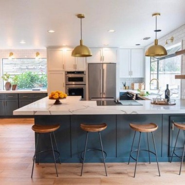 15 Kitchen Islands With Seating For Your Family Home 08