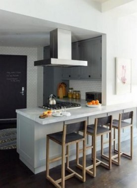 16 Kitchen Peninsula Designs That Make Cook Rooms Look Amazing 06