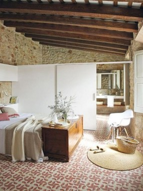 18 Modern Italian Apartment Is Designed In Wood 10