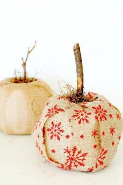 17 Easy And Cheap Toilet Paper Pumpkin Ideas 08