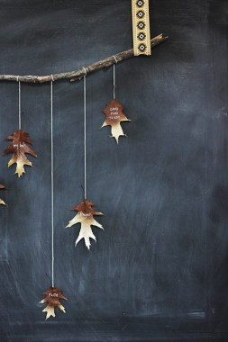 18 Colorful Autumn Leaves DIY Garland For Your Home Decoration 16