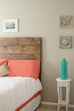 18 Creative Ideas To DIY Your Bed Headboard 07