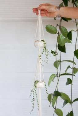 18 Nifty DIY Macrame Ideas For Any Creation 04