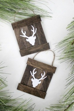 19 Awesome DIY Pallet Ornament For Your Home Decor 22