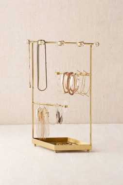 19 Jewelry Organizer That Easy To Make Without Breaking The Bank 30