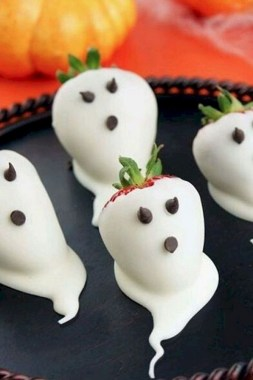 20 Creative Food Decoration Ideas For Your Fall Treat 24