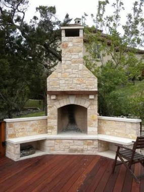 21 Beautiful Outdoor Fireplace Design Ideas 14