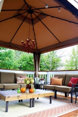 21 Beautiful Outdoor Space With Canopy Designs 09