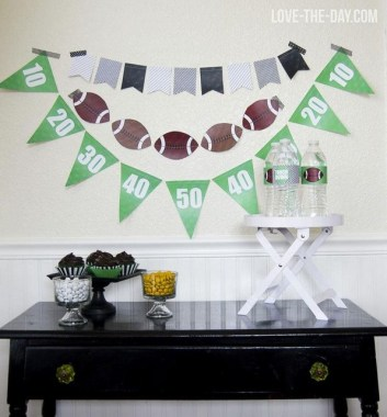 21 DIY Super Bowl Celebration Decoration Craft Ideas 06