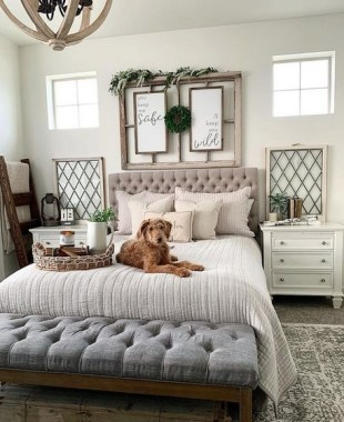 23 Best Modern Farmhouse Bedroom Decor Ideas 11
