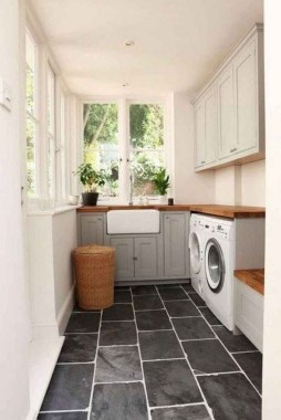 26 Beautiful And Functional Small Laundry Room Design Ideas 03