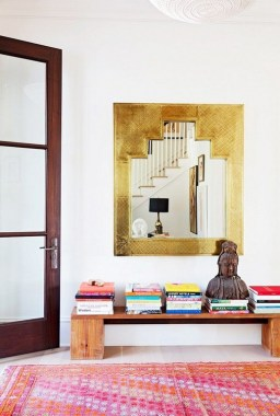 27 Vibrant Entryways To Give Your Guest Good First Impression 30