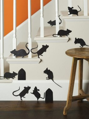 28 Adorable Wall Decorations To Fill Your Blank Space Wall 11