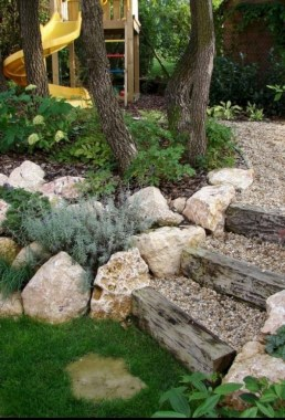 29 Simple Rock Garden Decor Ideas For Your Backyard 18