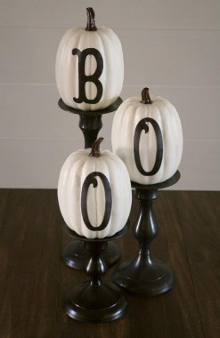 30 Curved Pumpkin Crafts For Halloween Decor To Inspire You 31