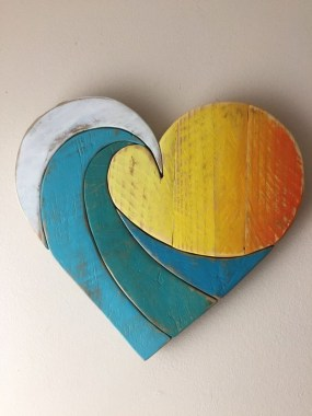 33 Creative And Easy DIY Pallet Wall Art Ideas To Try 26