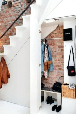 34 Creative And Amazing Ways To Use The Space Under Your Stairs 28
