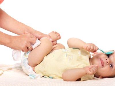 الخصية المعلقة عند الاطفال