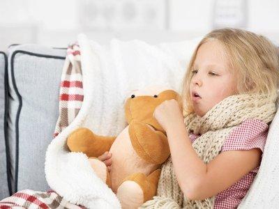علاج الكحة او السعال عند الاطفال بالاعشاب