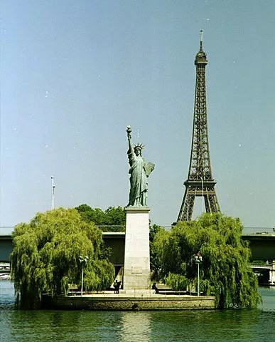 statue of liberty in france