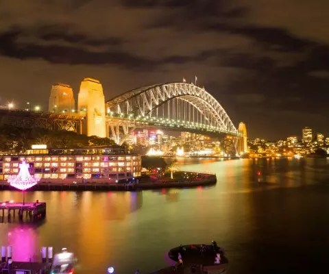 sydney harbour at night