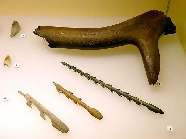 Harpoons - stone age tools