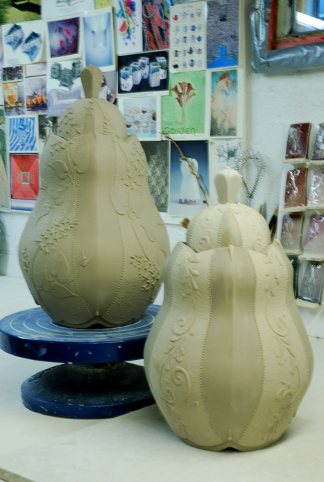 Kieffer covered jars