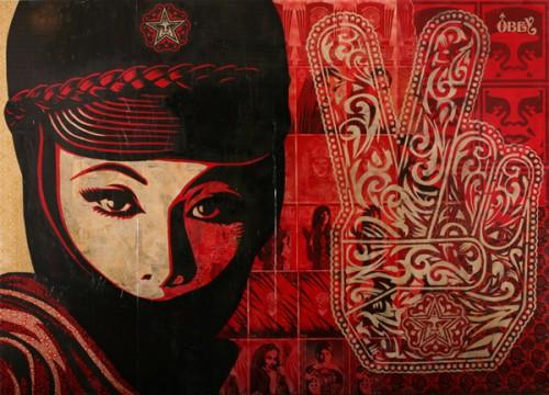 Shepard_Fairey_Mujer_Fatal_mural