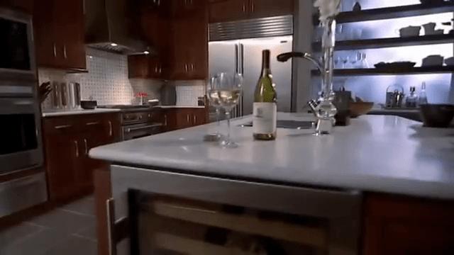 Sub-Zero Built-In Refrigeration: Dual Refrigeration