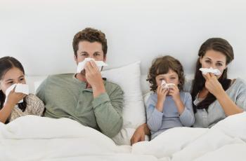 Khi bị cảm sốt có nên vận động không?