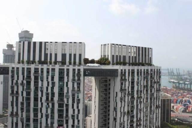 Sân thượng Skybridge nối tất cả 7 tòa nhà chung cư trong dự án lại với nhau