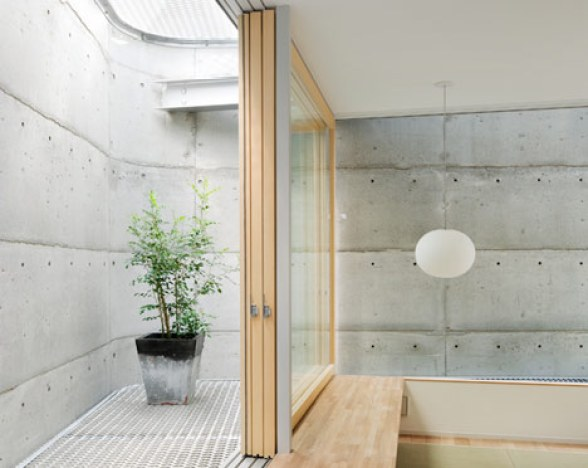 dzn_House-in-Minamimachi3-by-Suppose-Design-Office-11