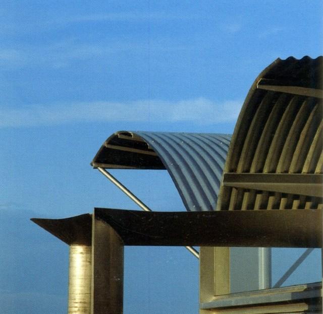 Chi tiết mái tôn tạo hình thẩm mỹ trong công trình của Glenn Murcutt