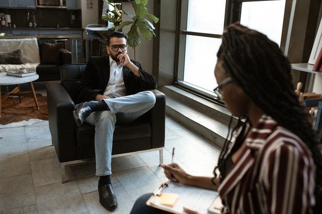 Jak skutecznie zniechęcić pracownika dopracy?